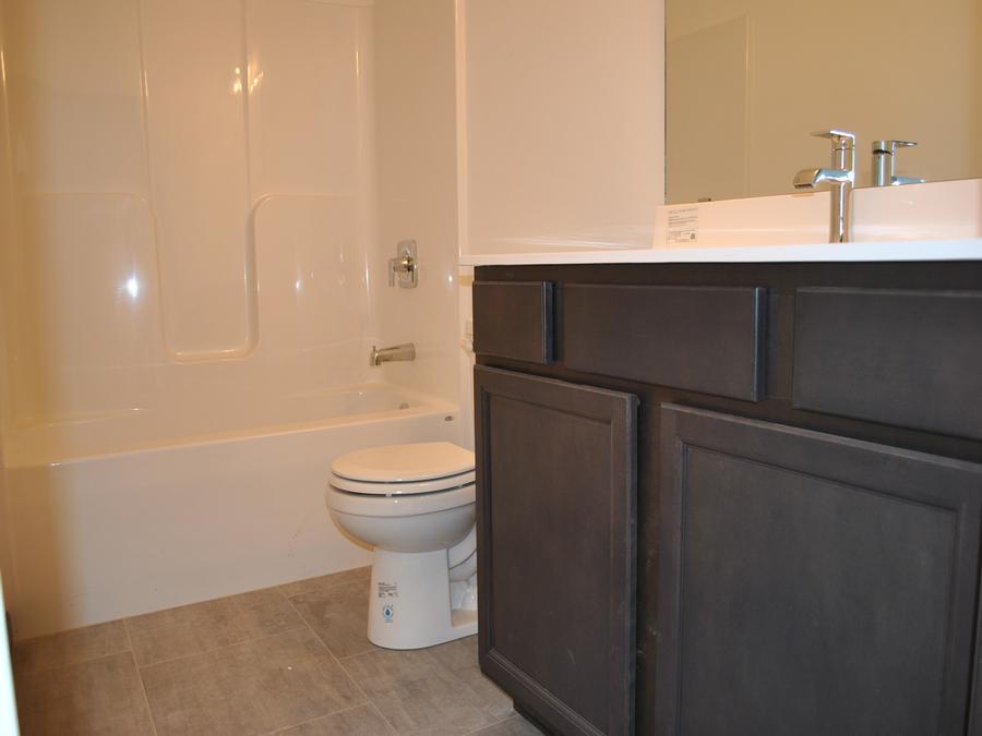 Maple Grove The Arbors Tyler Bedroom Bath Home New